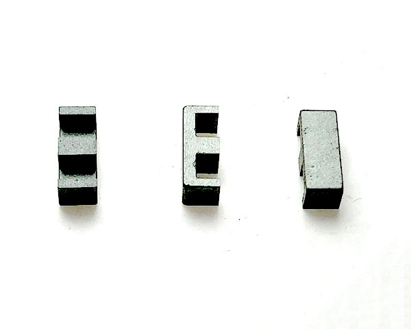EE8.3磁芯